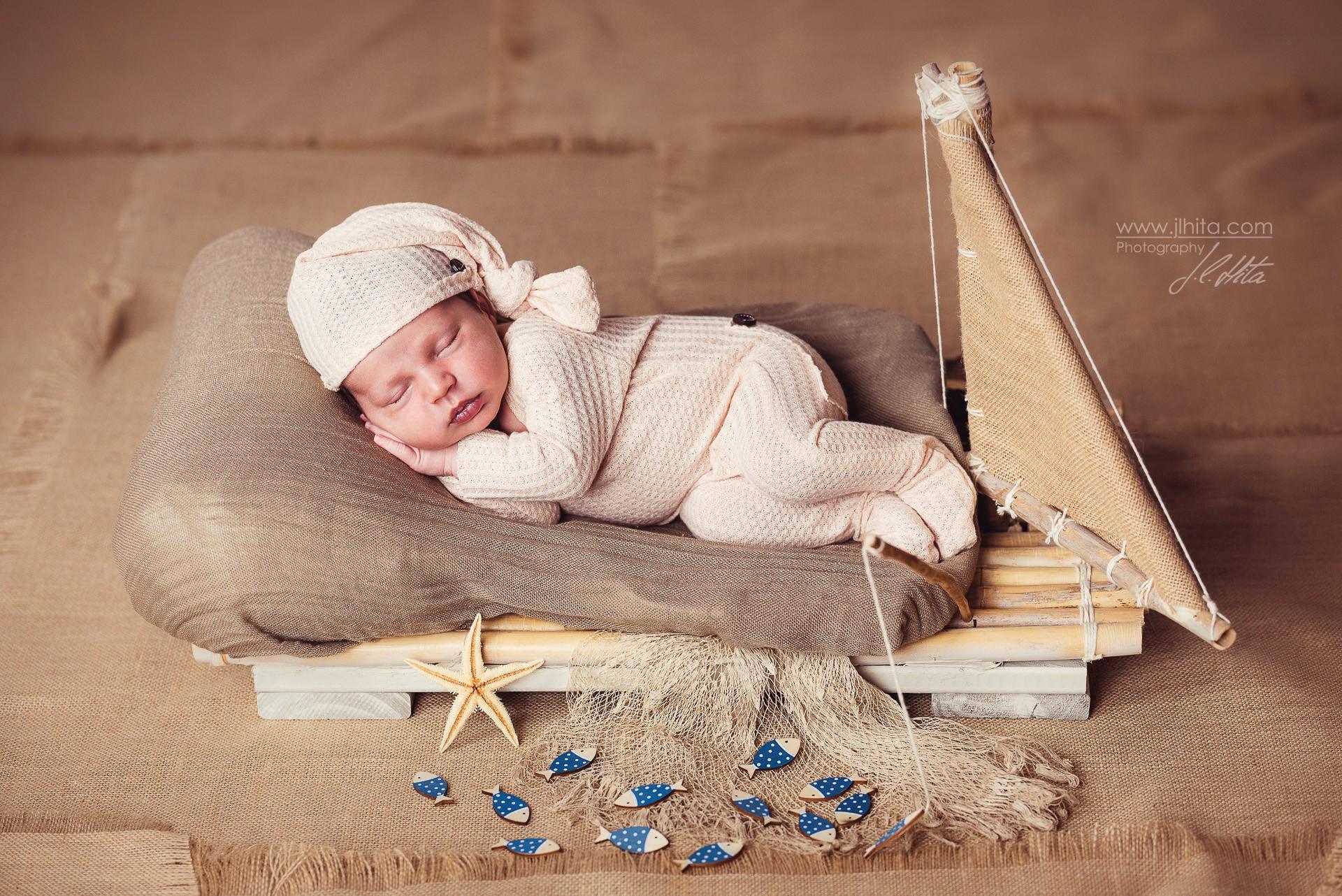 Sesión fotográfica Newborn de Nael en Alovera